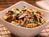 Рецепта Бърз вкусен варен ориз с гъби печурки за гарнитура